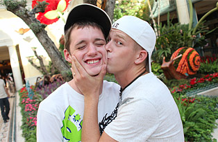 Caleb Coniam, Kayden Daniels gay twinks 18+ video from Lollipop Twinks